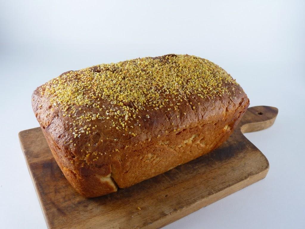 Anadama Bread : Kendra's Treats