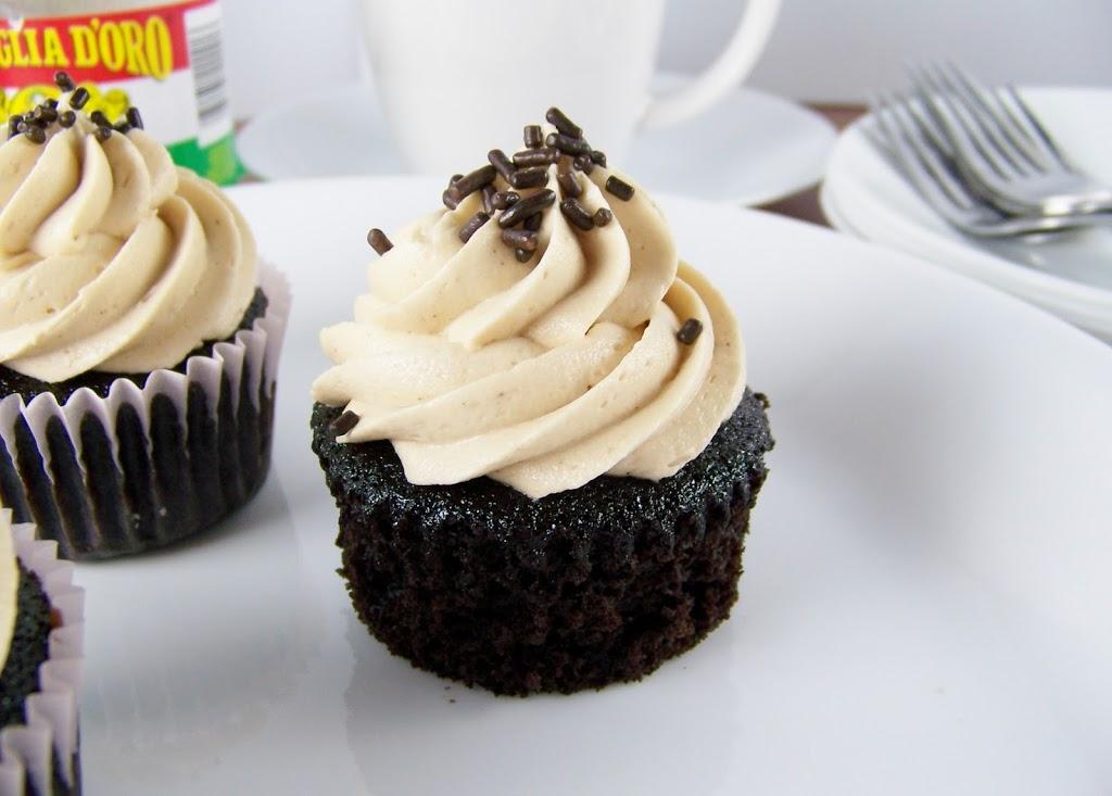 Café Mocha Cupcakes : Kendra's Treats