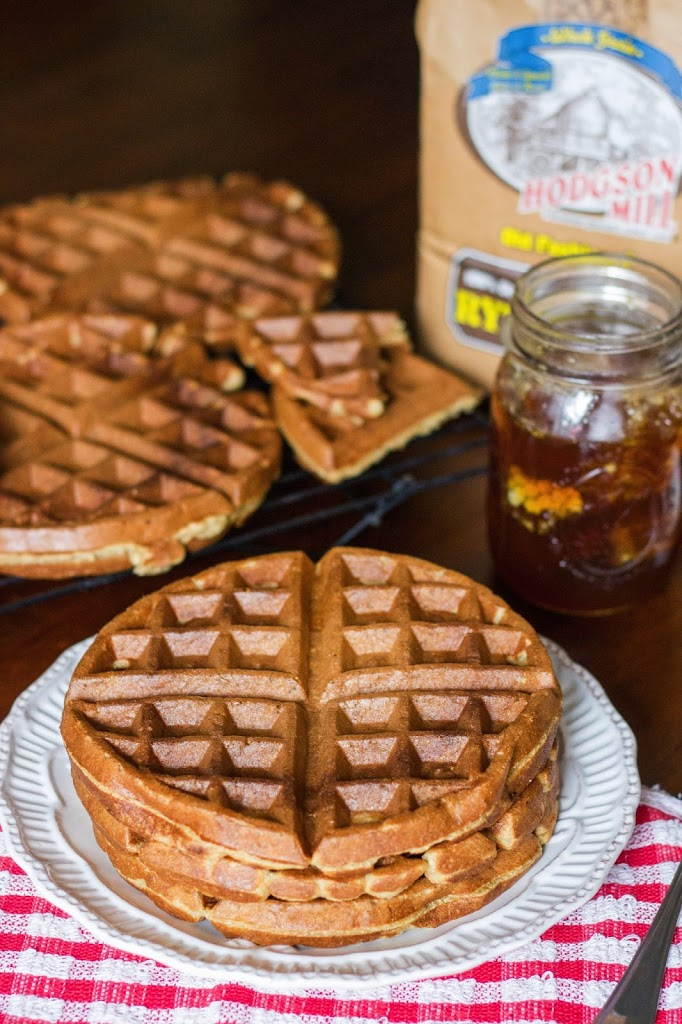 Honey Rye Waffles : Kendra's Treats