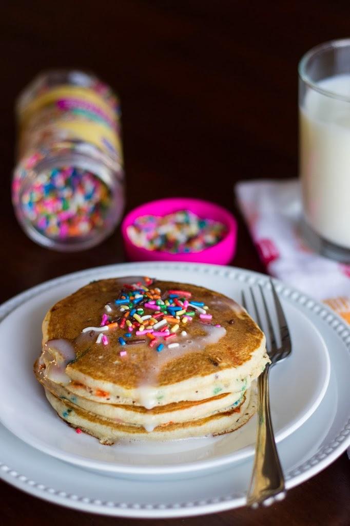 Funfetti Pancakes {Whole Wheat} : Kendra's Treats